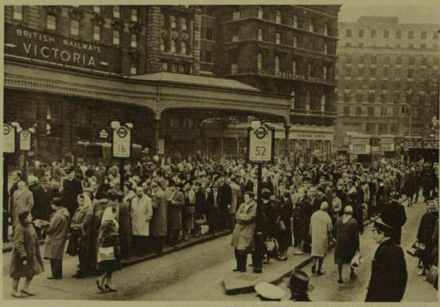 Queues at Victoria bus station during the strike. London Illustrated News, February 3rd 1962.